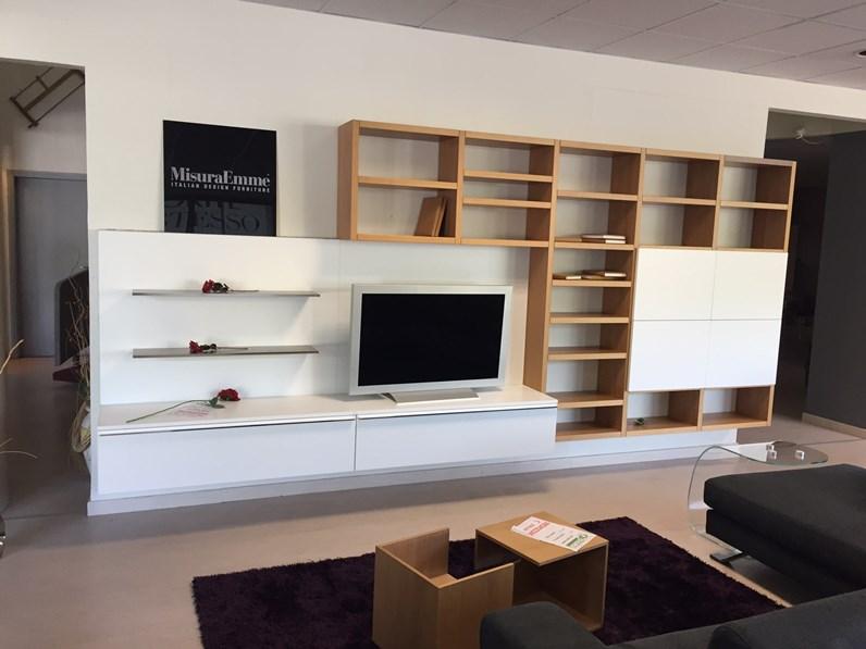 Misuraemme soggiorno crossing laccato opaco librerie design for Outlet mobili moderni