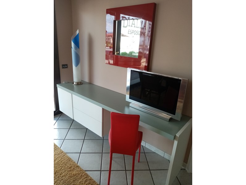 Mobile componibile in stile design Caccaro in laccato opaco Offerta Outlet