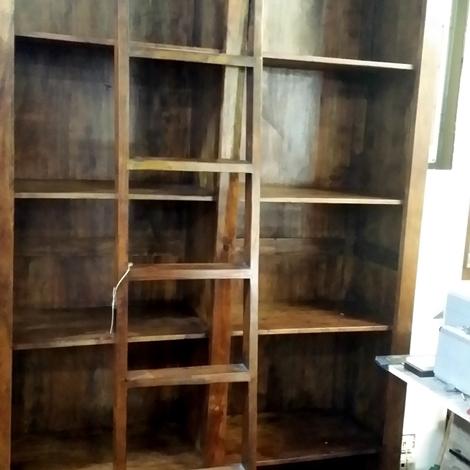 Soggiorni moderni legno massello idee per il design della casa - Soggiorni in legno ...
