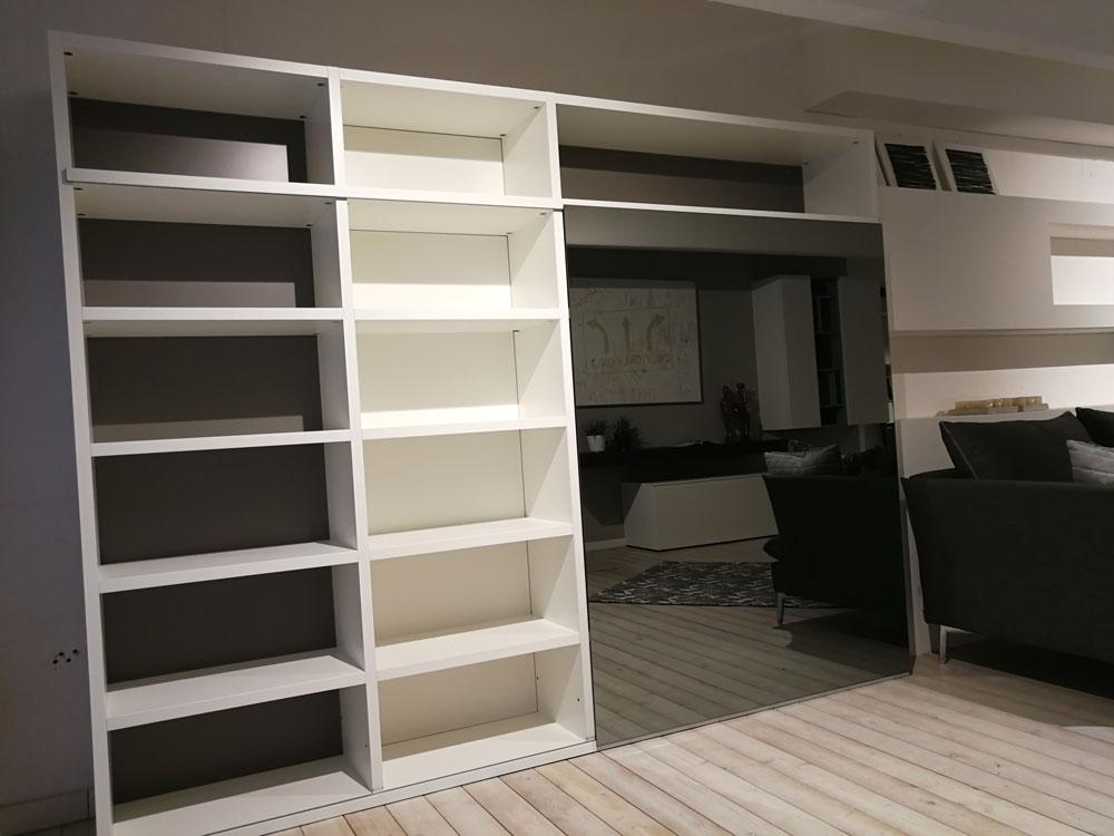 Offerta libreria con anta scorrevole a specchio bronzo - Specchio con tv ...