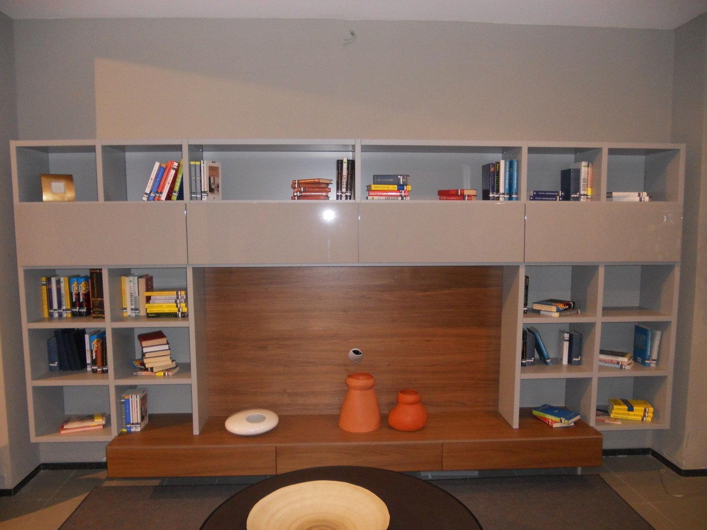 Parete attrezzata bagno la migliore scelta di casa e interior design