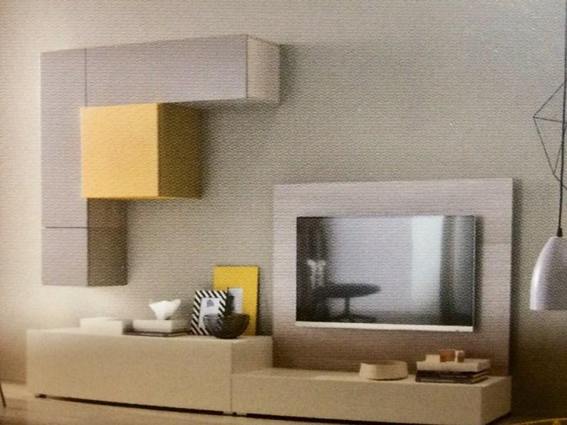 https://www.outletarredamento.it/img/soggiorni/parete-attrezzata-artigianale-soggiorno-prezzi-outlet_N1_390160.jpg
