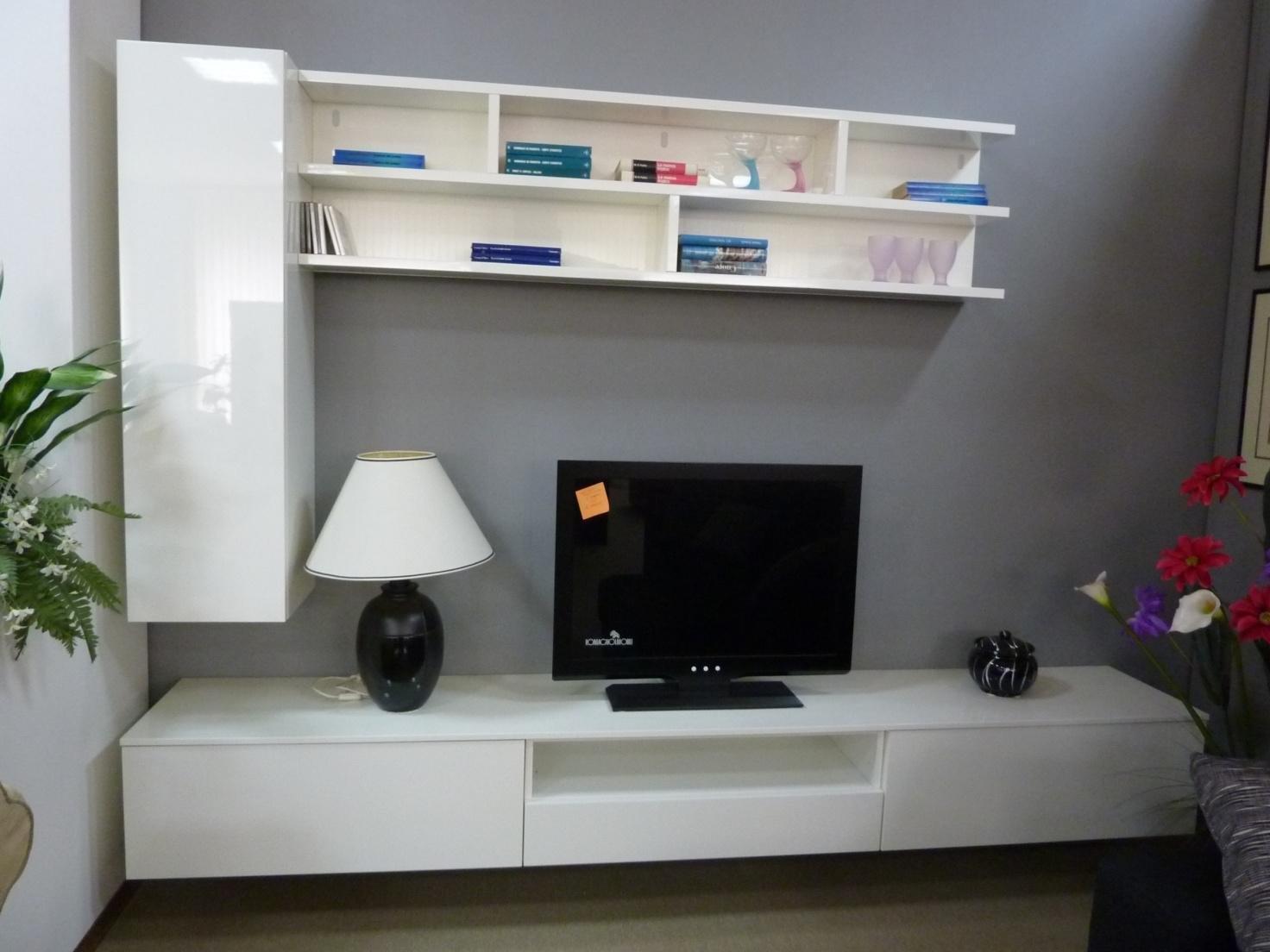Mobili Ingresso Kartell: Lampade kartell da comodino mobili cucine ...