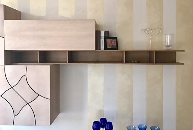 Parete attrezzata in legno Passione Italiana in promozione - Soggiorni a prezzi scontati