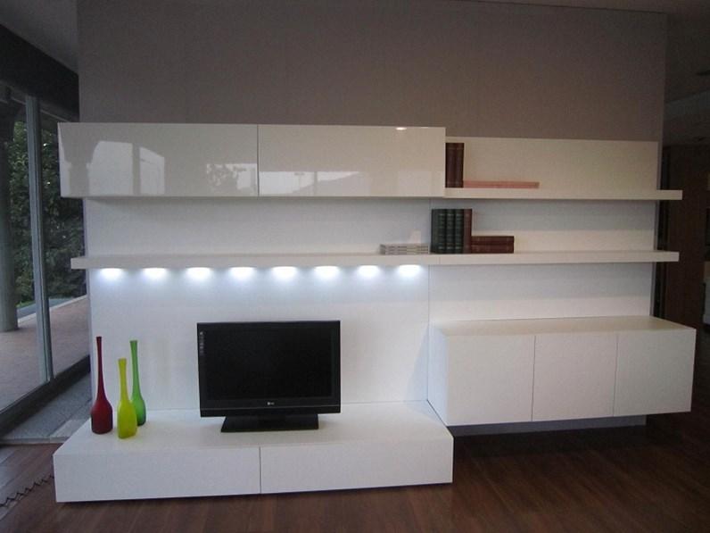 Parete attrezzata in legno stile moderno soggiorno poro Soggiorno stile moderno