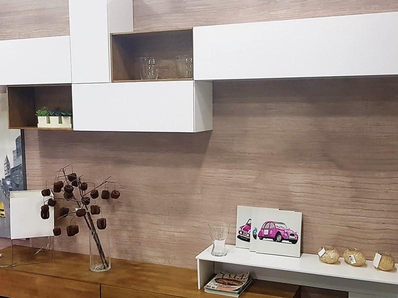 Parete attrezzata in stile moderno di fgf in legno offerta for Mobili di design in offerta