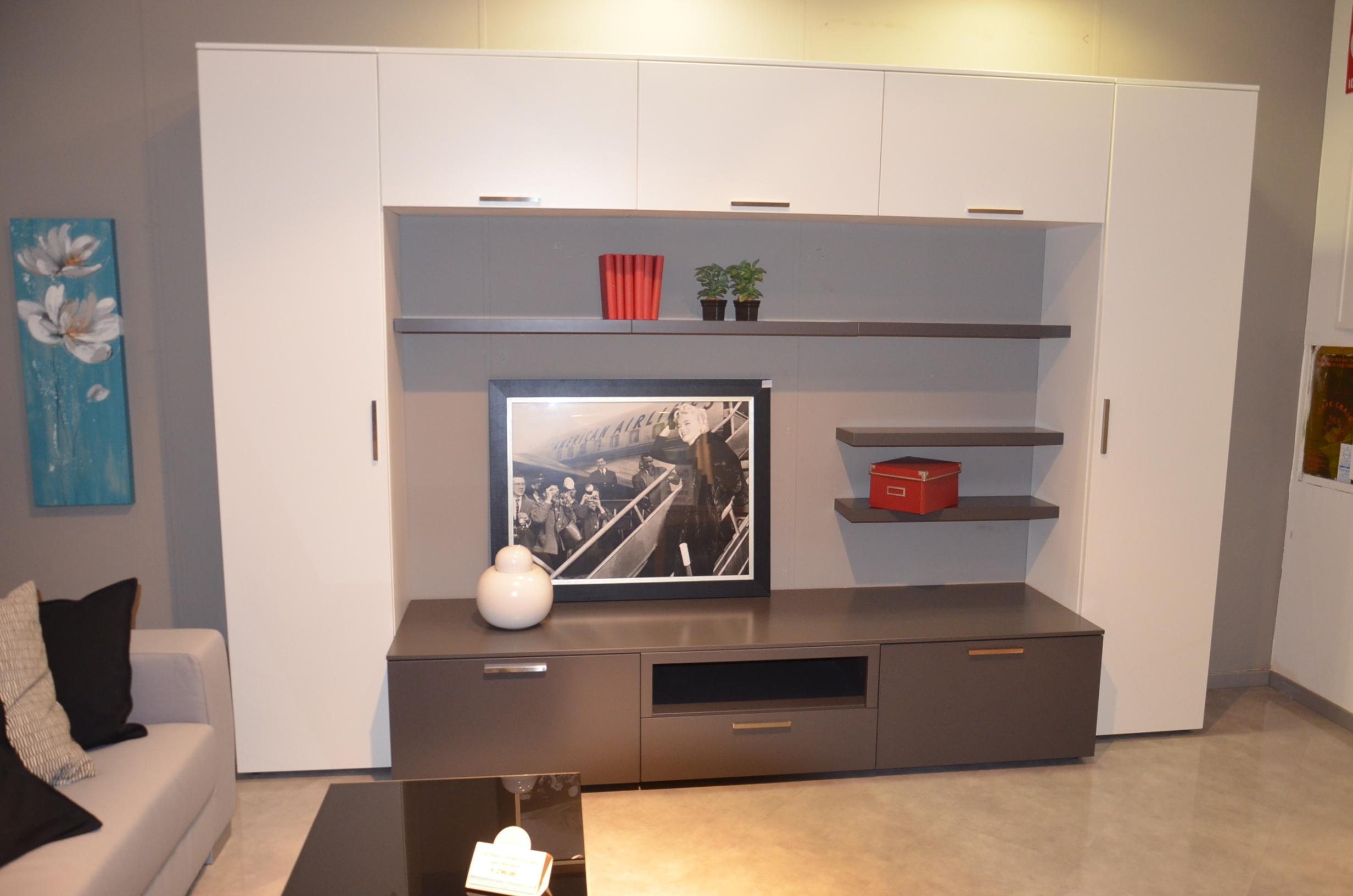 Quadri soggiorno moderno foto galleria di quadri moderni for Ikea stampe parete