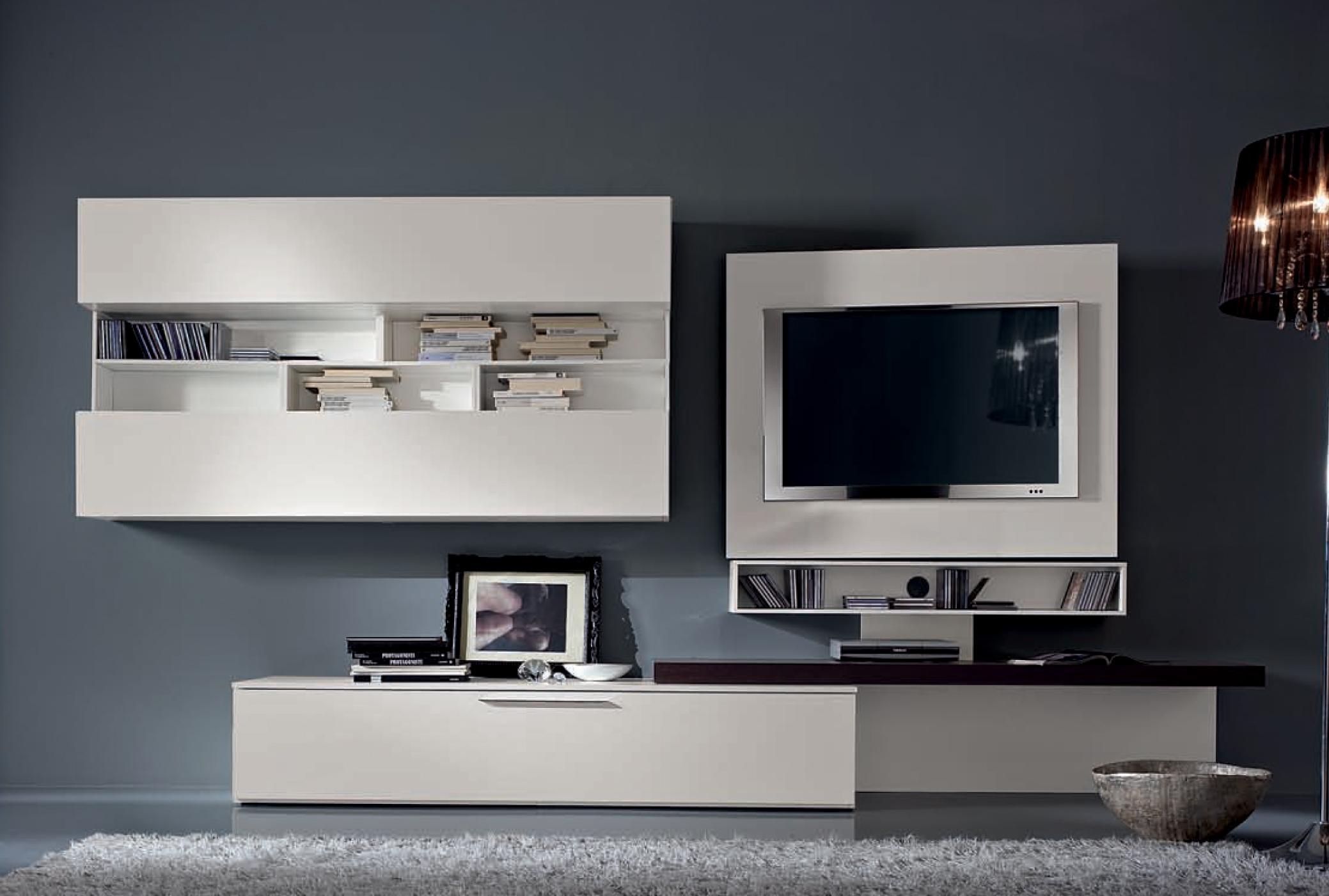 Parete Tv con pannello orientabile scontata - Soggiorni a prezzi scontati