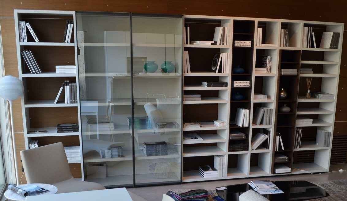 Poliform Libreria moderna Wall system scontato del 42% - Soggiorni a ...