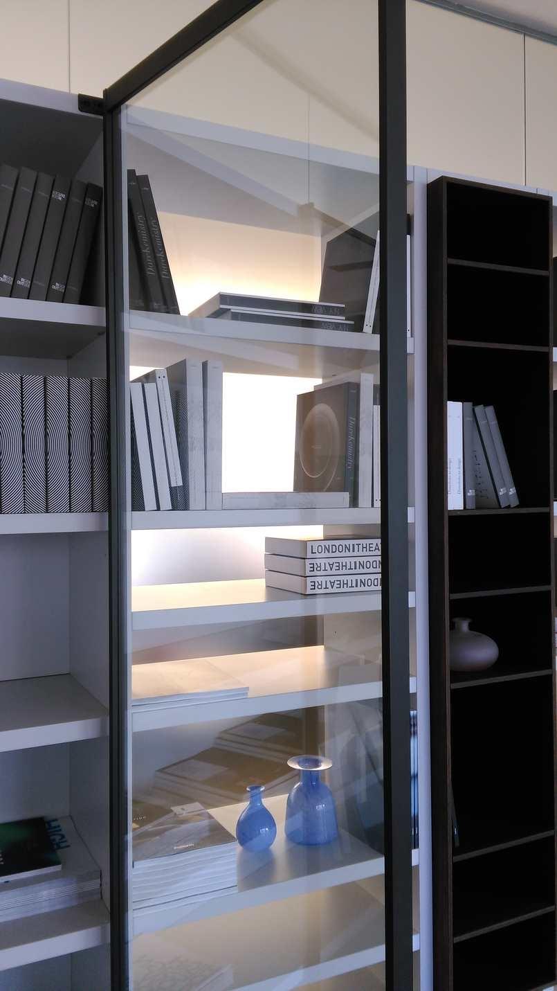 poliform-soggiorno-wall-system-laccato-opaco-librerie-moderno_O5.jpg