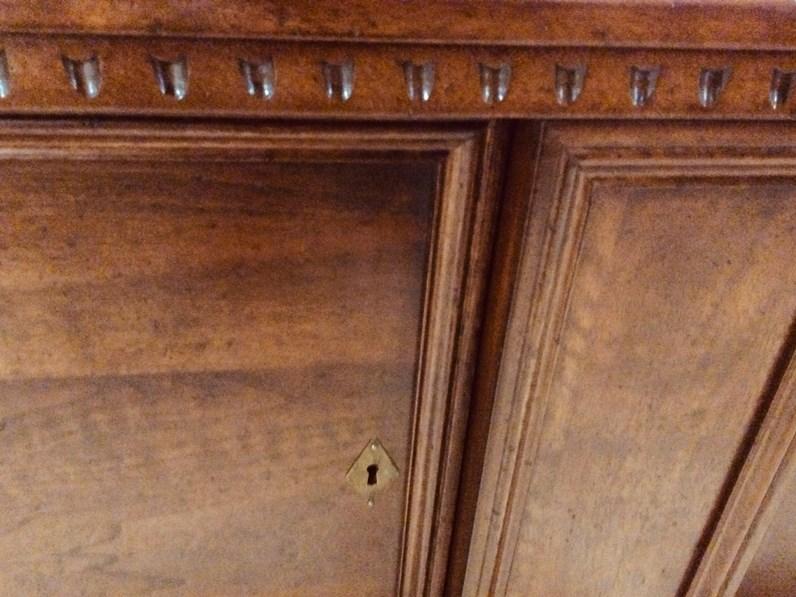 Porta Tv In Stile Classico.Porta Tv Cassapanca Artigianale In Stile Classico A Prezzo Scontato
