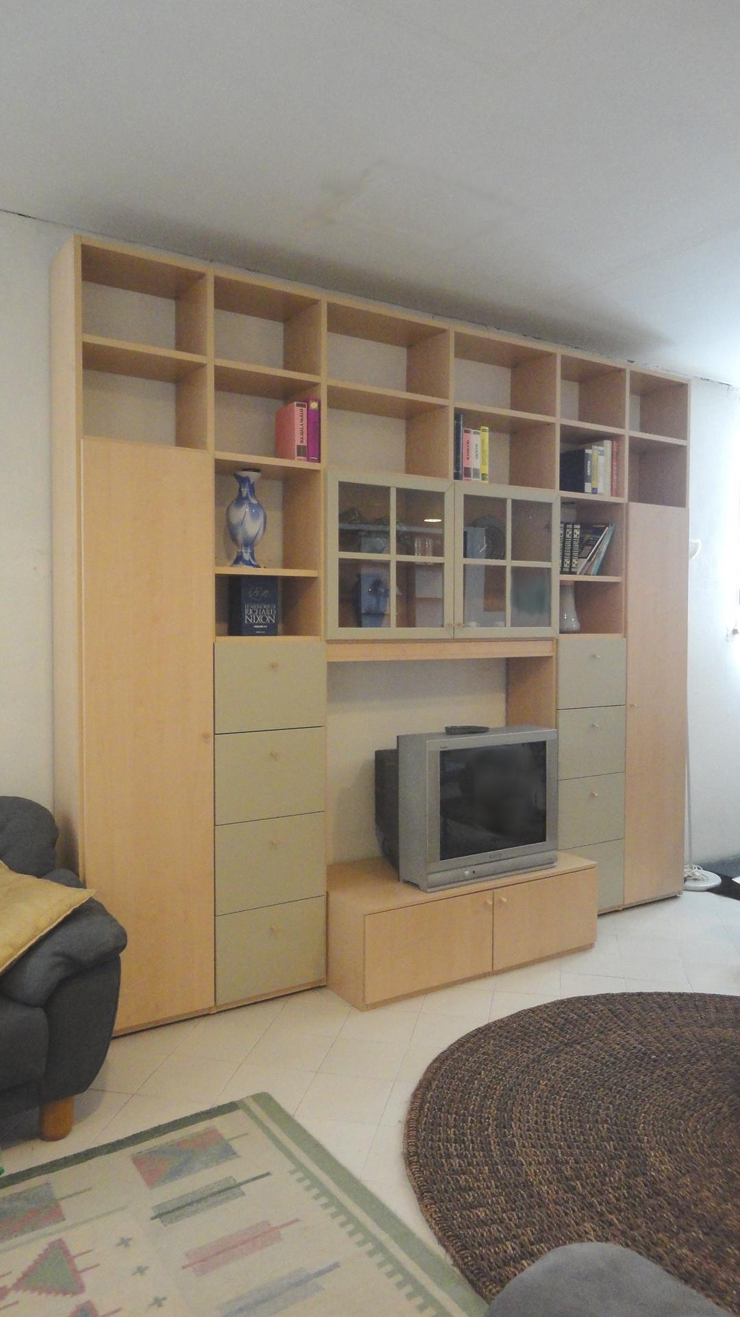 Soggiorno porta tv libreria scontato del 70 soggiorni - Libreria con porta ...