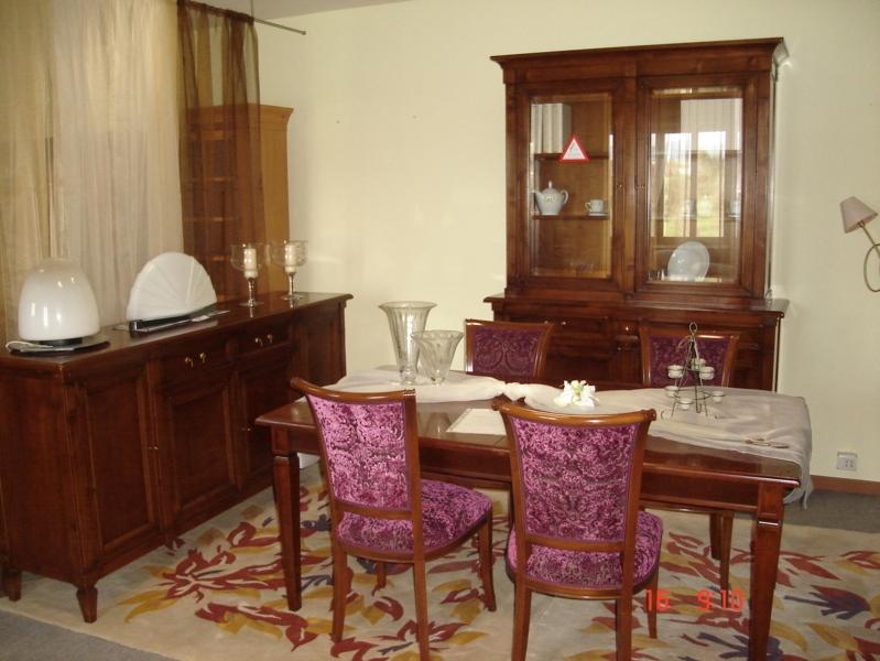 Sala da pranzo selva mod. bellagio legno massello ciliegio ...