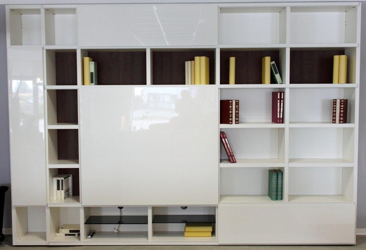 Soggiorno Bianco Lucido ~ Idee per il design della casa