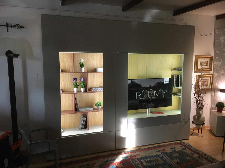Soggiorno caccaro mod roomy laccato opaco pareti attrezzate design soggiorni a prezzi scontati - Pareti attrezzate design ...