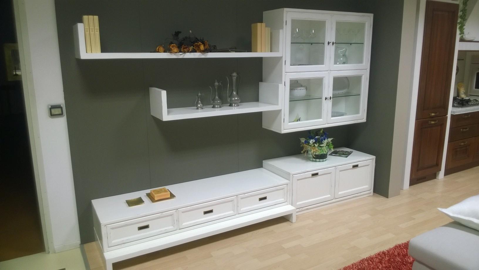 Mobili per soggiorno in legno massello design casa creativa e mobili ispiratori - Mobili soggiorno classico ...