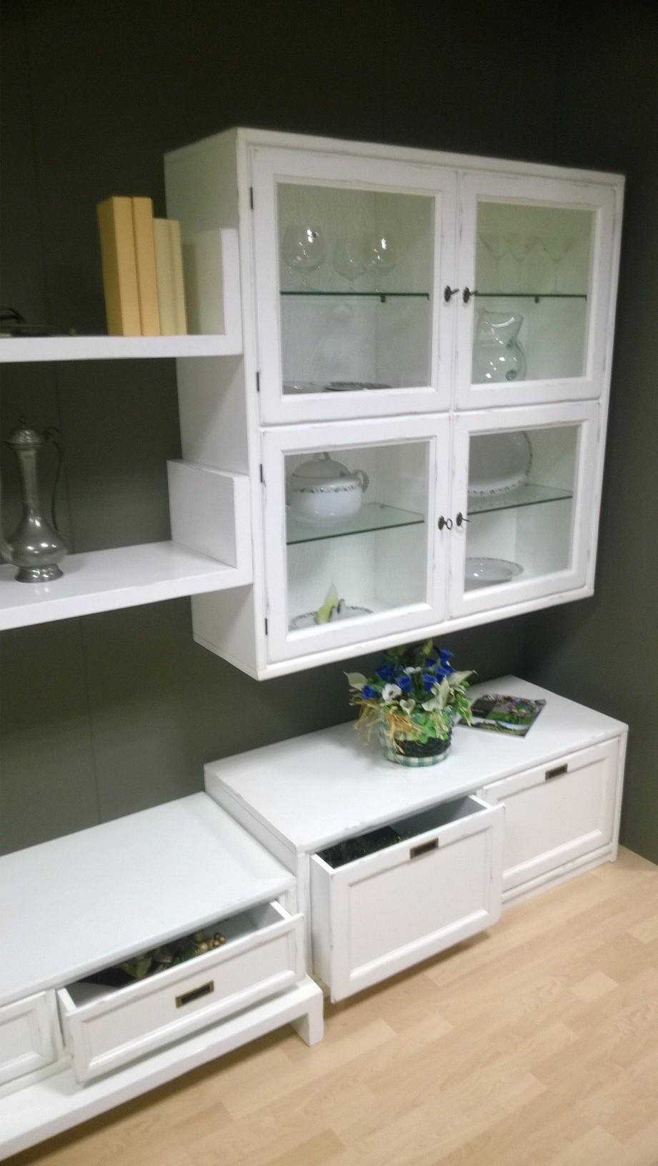 mobile soggiorno bianco laccato : Soggiorno Classico laccato bianco invecchiato in legno massello ...