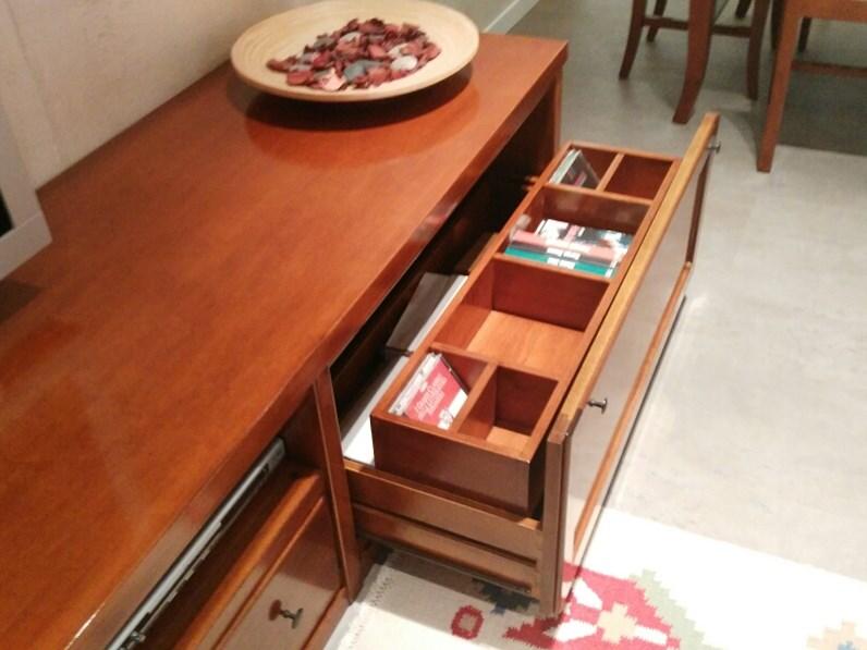 Soggiorno classico legno massello tinto ciliegio.Offerta sconto 50%