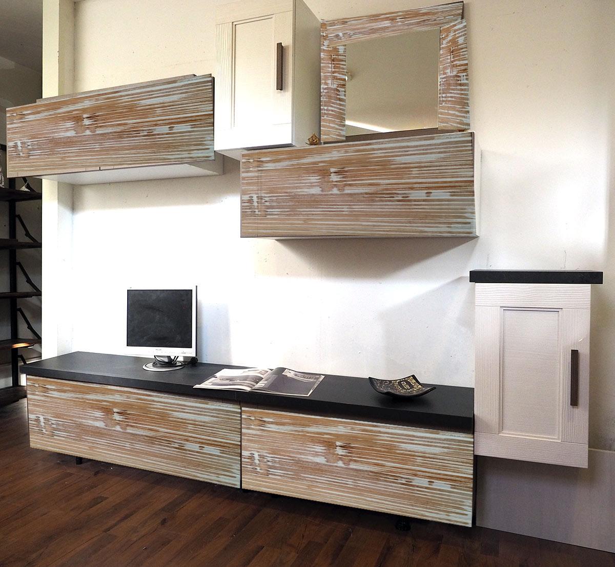 Soggiorno etnico vintage in legno e bambu miele white wash for Arredamento soggiorno moderno in legno
