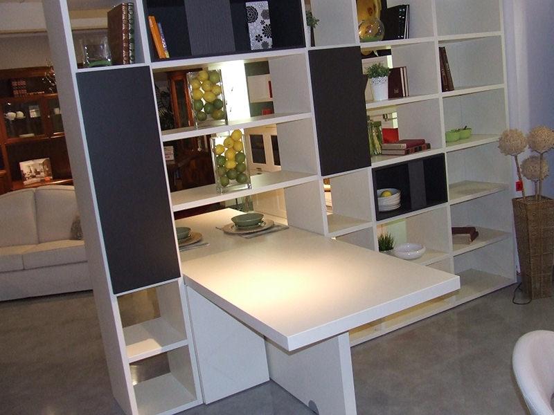 Credenza Libreria Ikea : Credenza con tavolo a scomparsa angoliera scantonata tirolese in
