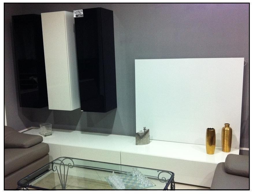 Soggiorno moderno bianco e grigio design per la casa for Soggiorno moderno grigio e bianco