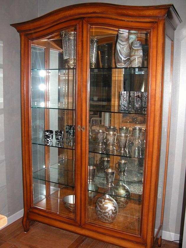 soggiorno-grande-arredo-vetrinetta-cristalliera-legno-vetrinette ...