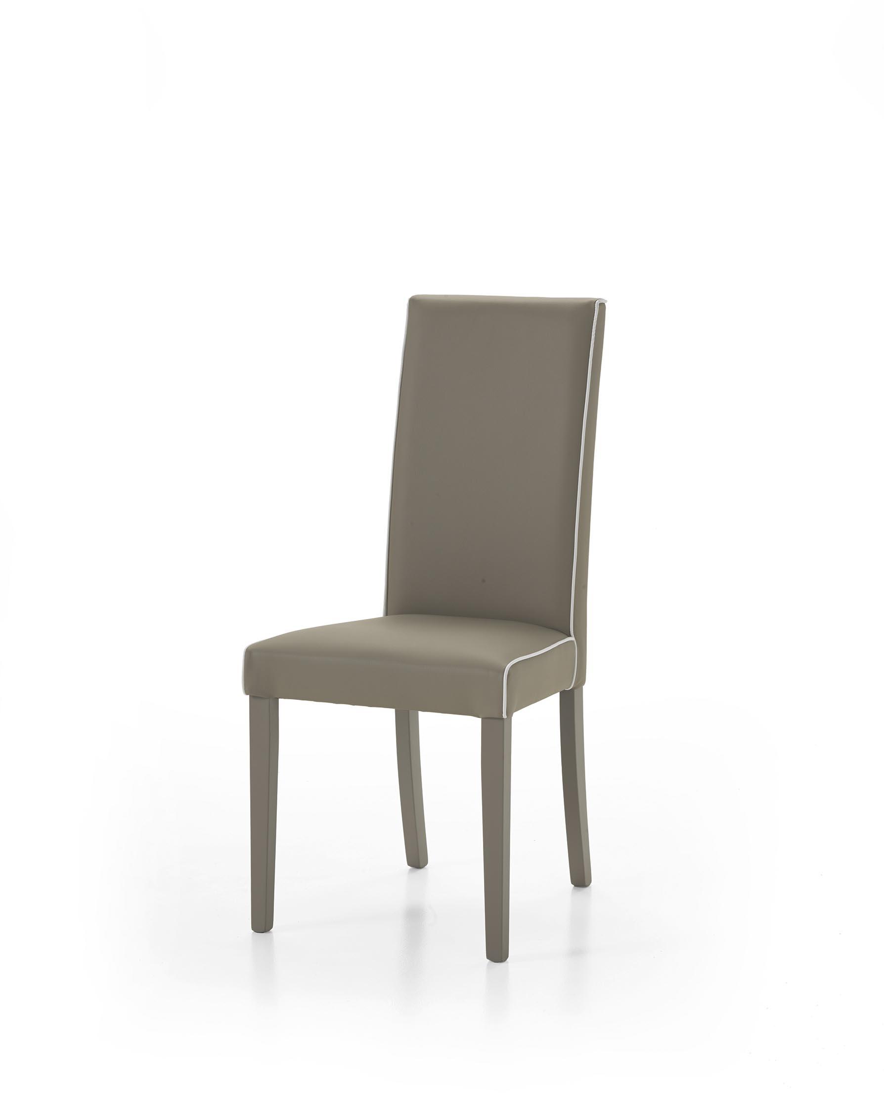 Soggiorno in legno bianco con tavolo sedie mobile tv e for Sedie moderne prezzi