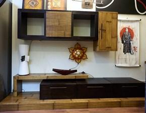 soggiorno in legno e crash bambu in noce miele in offerta convenienza tutto realizzato in legno artigianale