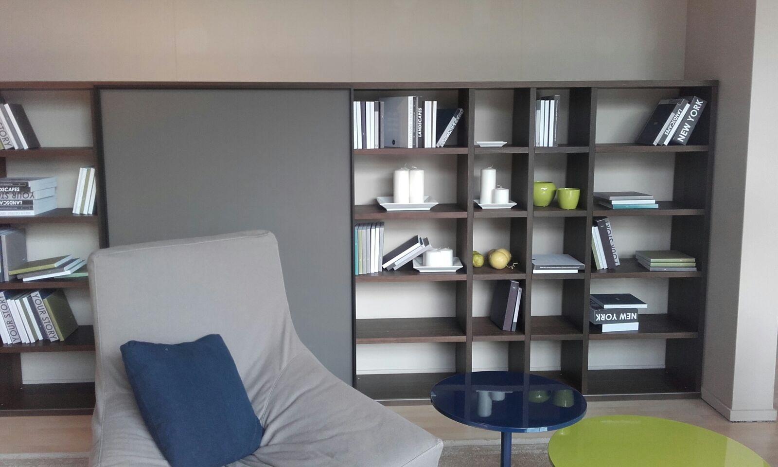 Soggiorno jesse parete libreria con vano tv soggiorni a for Soggiorno libreria