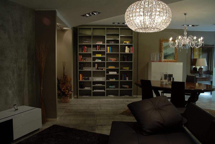 Soggiorno mazzali libreria grigio pietra legno librerie for Librerie in legno moderne