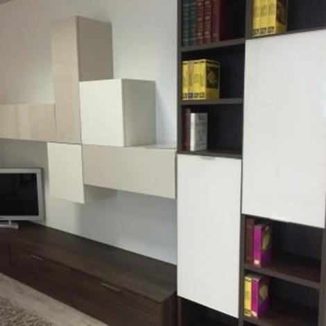 Soggiorno novamobili mobili legno legno pareti attrezzate for Mobili soggiorno legno