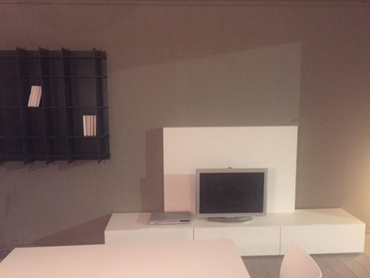 Soggiorno Poliform Sintesi Laccato Opaco Porta Tv Moderno - Soggiorni a prezzi scontati