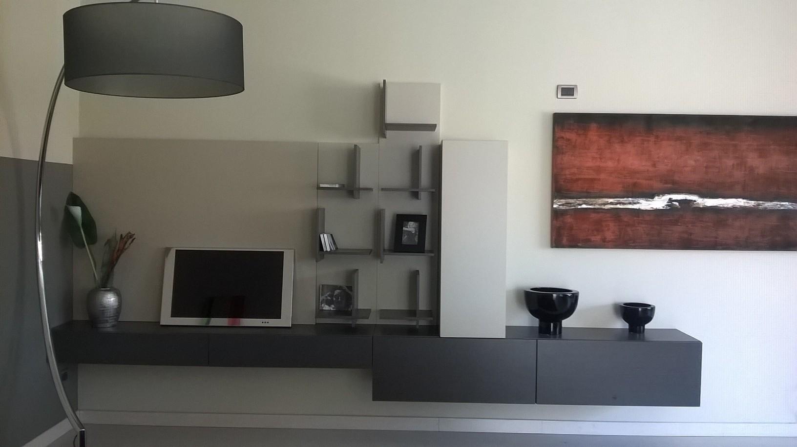 Tappeti pelosi moderni idee per il design della casa - Tappeti per soggiorno moderni ...