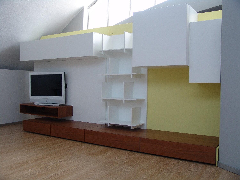 Soggiorno presotto italia modus pareti attrezzate for Pareti attrezzate soggiorno