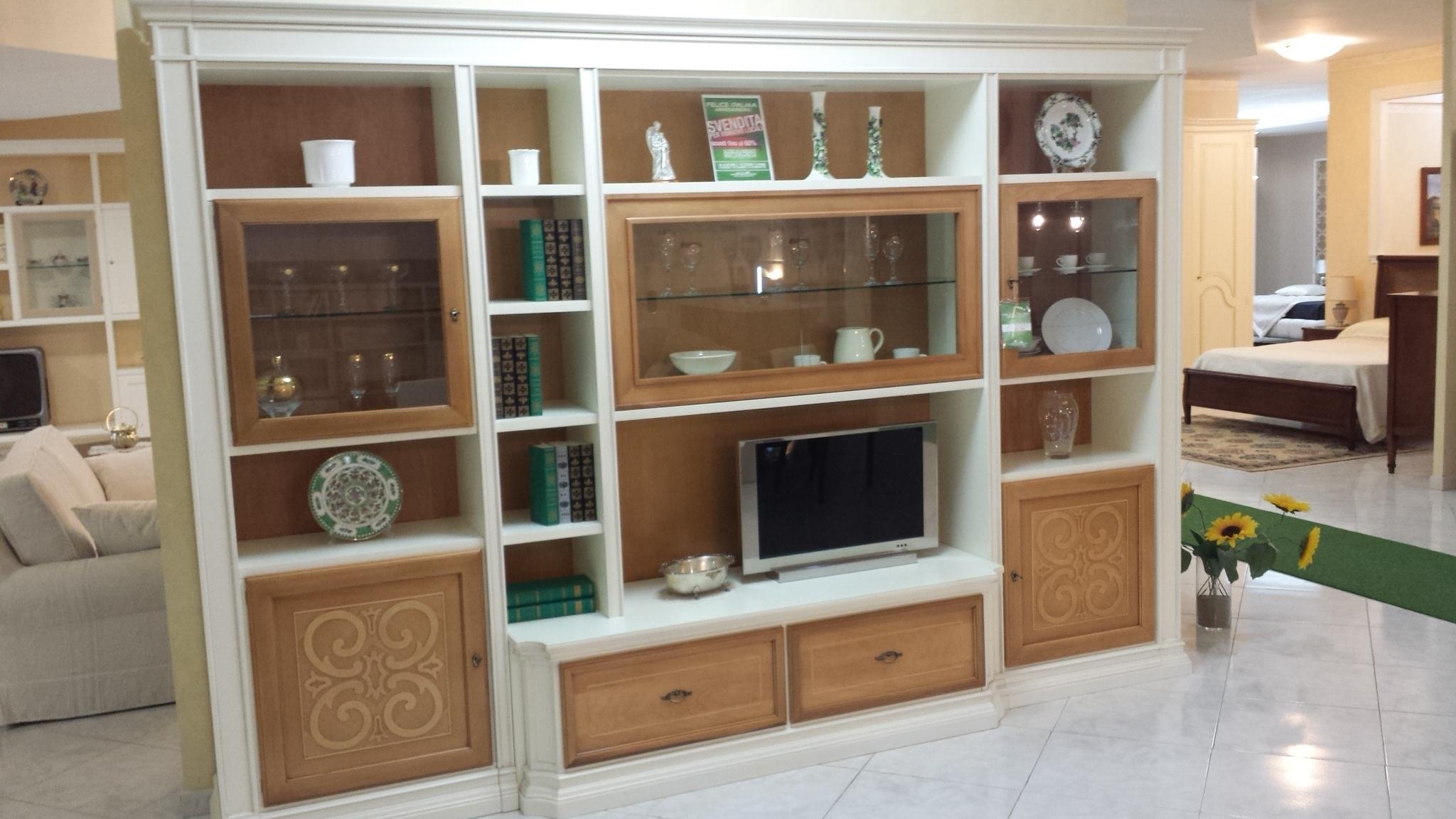 Parete attrezzata stilema 62 images salone del mobile 2014 le nuove librerie e pareti - Barbato arredamenti cucine ...