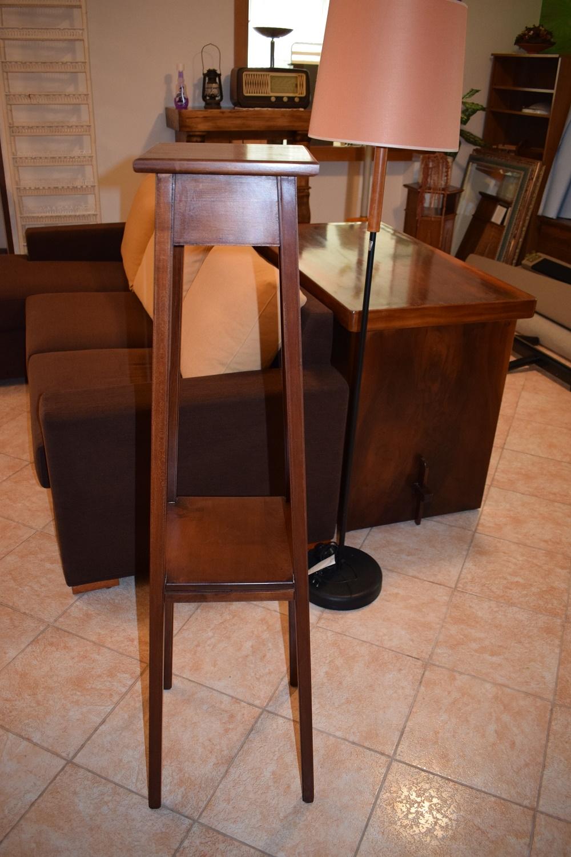 Tavolino complemento d 39 arredo in legno soggiorni a for Complemento di arredo