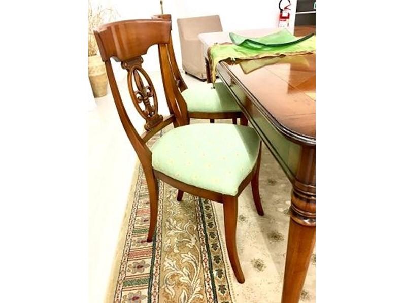 Sedie In Legno In Offerta.Tavolo Completo Di Quattro Sedie In Legno Massello Modello Ile De France In Offerta Outlet
