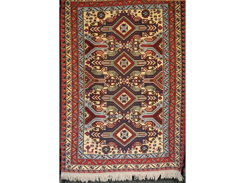 Tappeto classico rettangolare in lana sumak di for Abitare arredamenti camerette