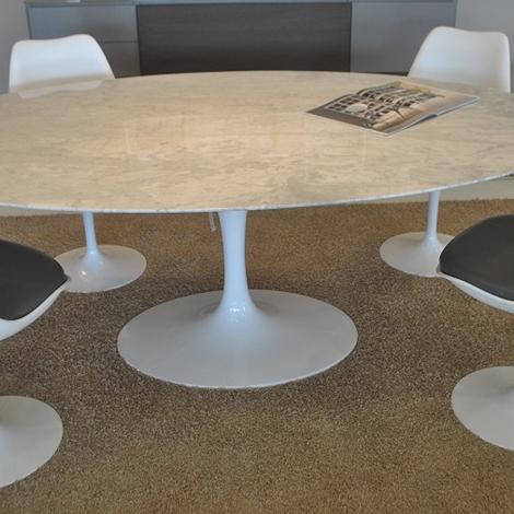 Tavolo ovale saarinen fabulous tavolo ovale saarinen with - Tavolo ovale marmo bianco ...