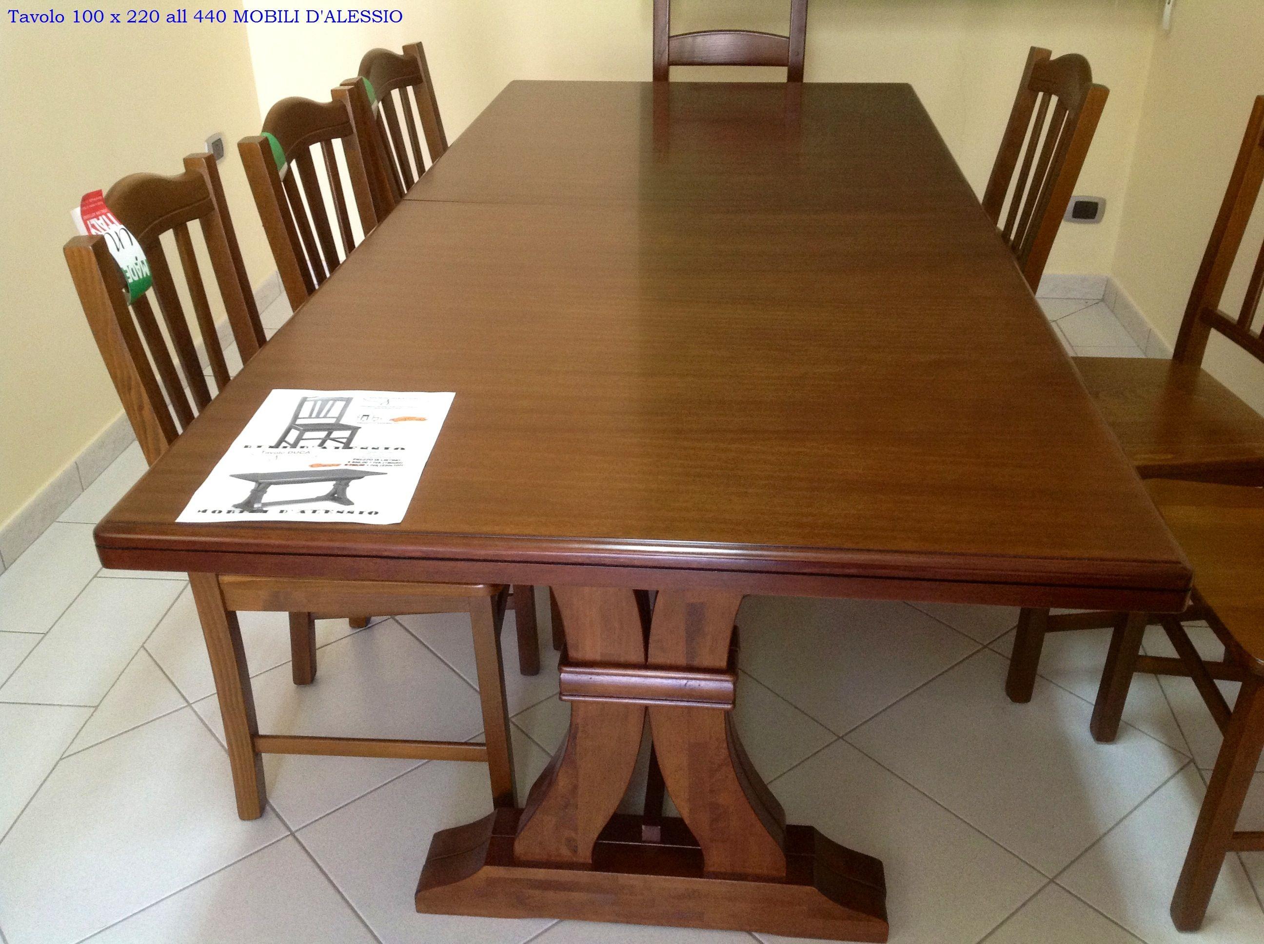 Tavolo allungabile in legno massello con 8 sedie tavoli - Tavolo noce massello ...