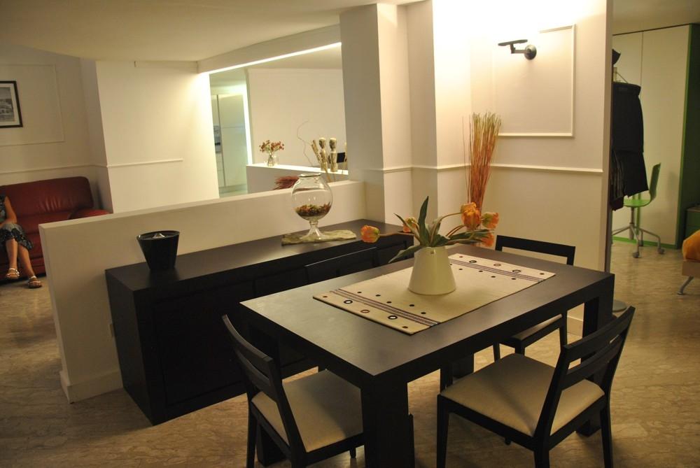 Tavolo jesse tranoi design legno rovere moro tavoli a for Tavolo rovere design