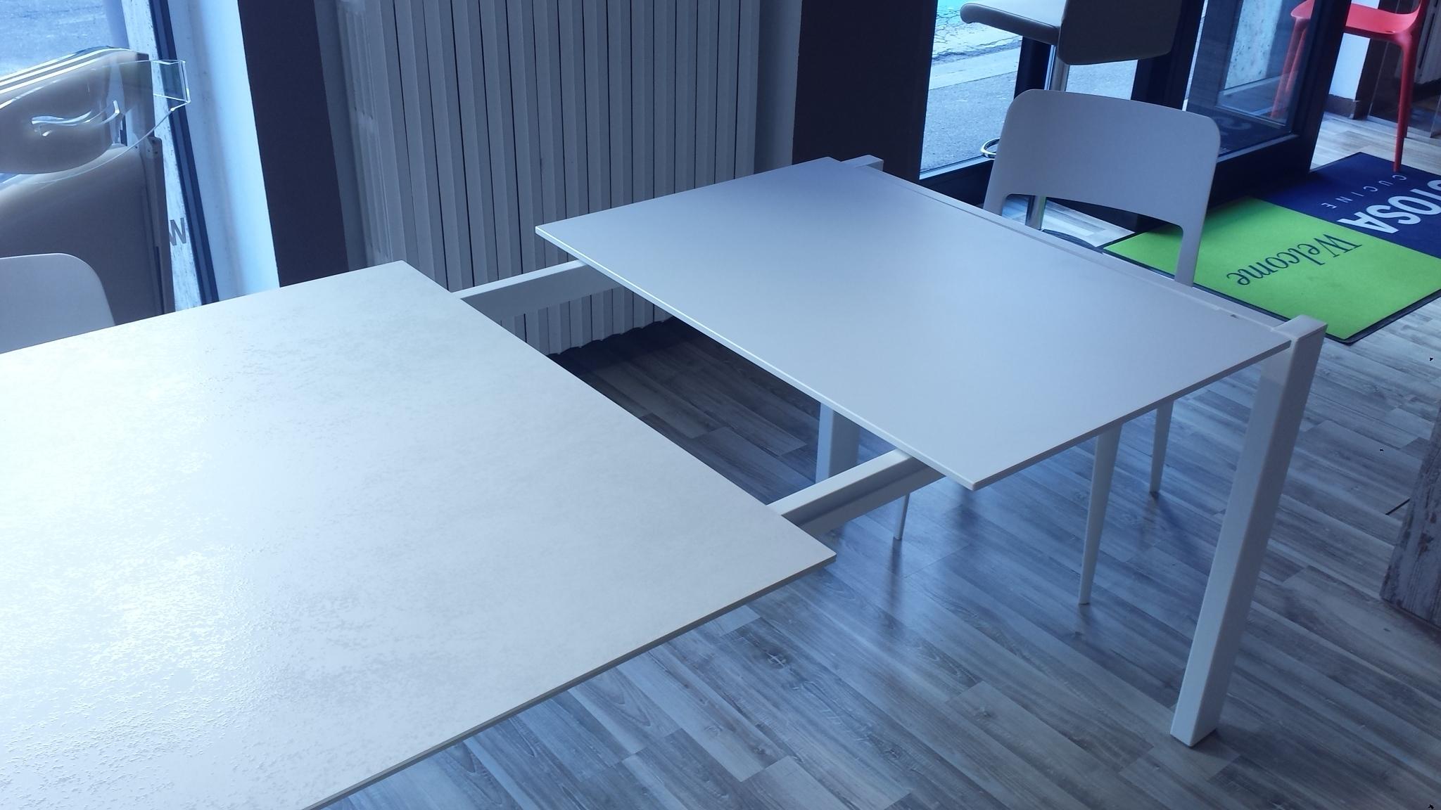 Tavoli A Consolle Allungabili Economici Idee Di Interior Design