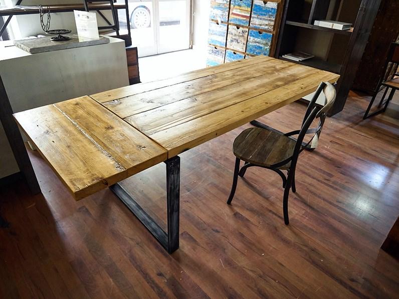 Tavolo Industriale Allungabile : Nuovi mondi cucine tavolo tavolo industrial outlet in offerta