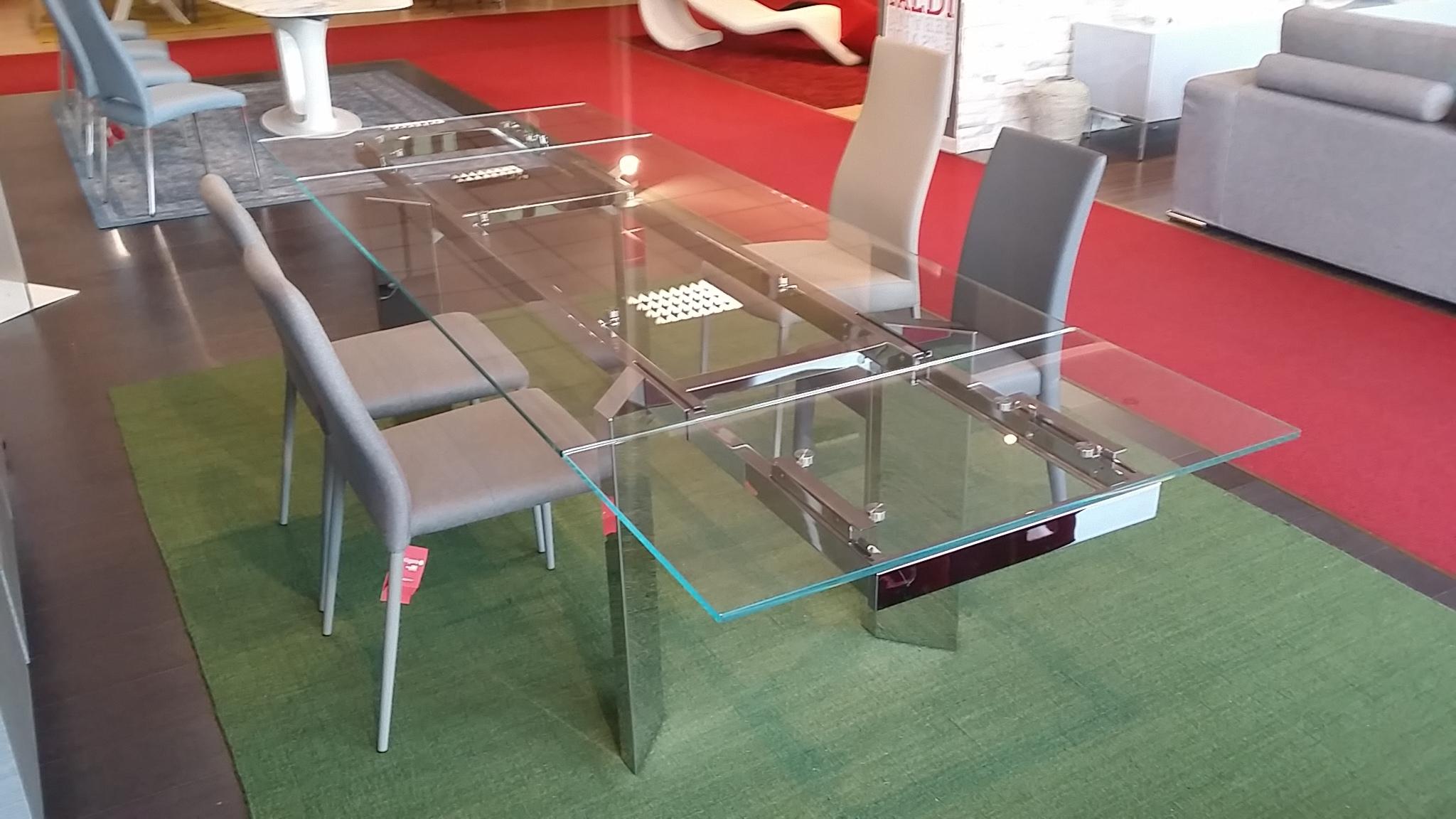 Offerta tavolo calligaris tower tavoli a prezzi scontati for Tavoli allungabili calligaris cristallo