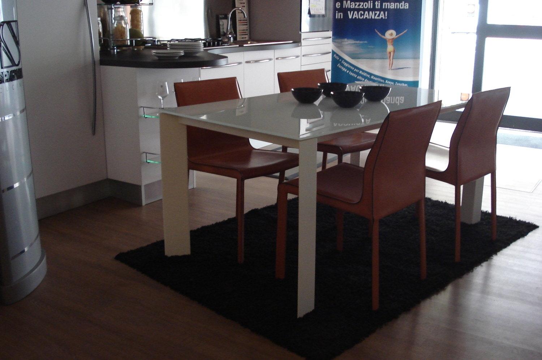 Offerta tavolo e sedie tavoli a prezzi scontati for 4 sedie in offerta