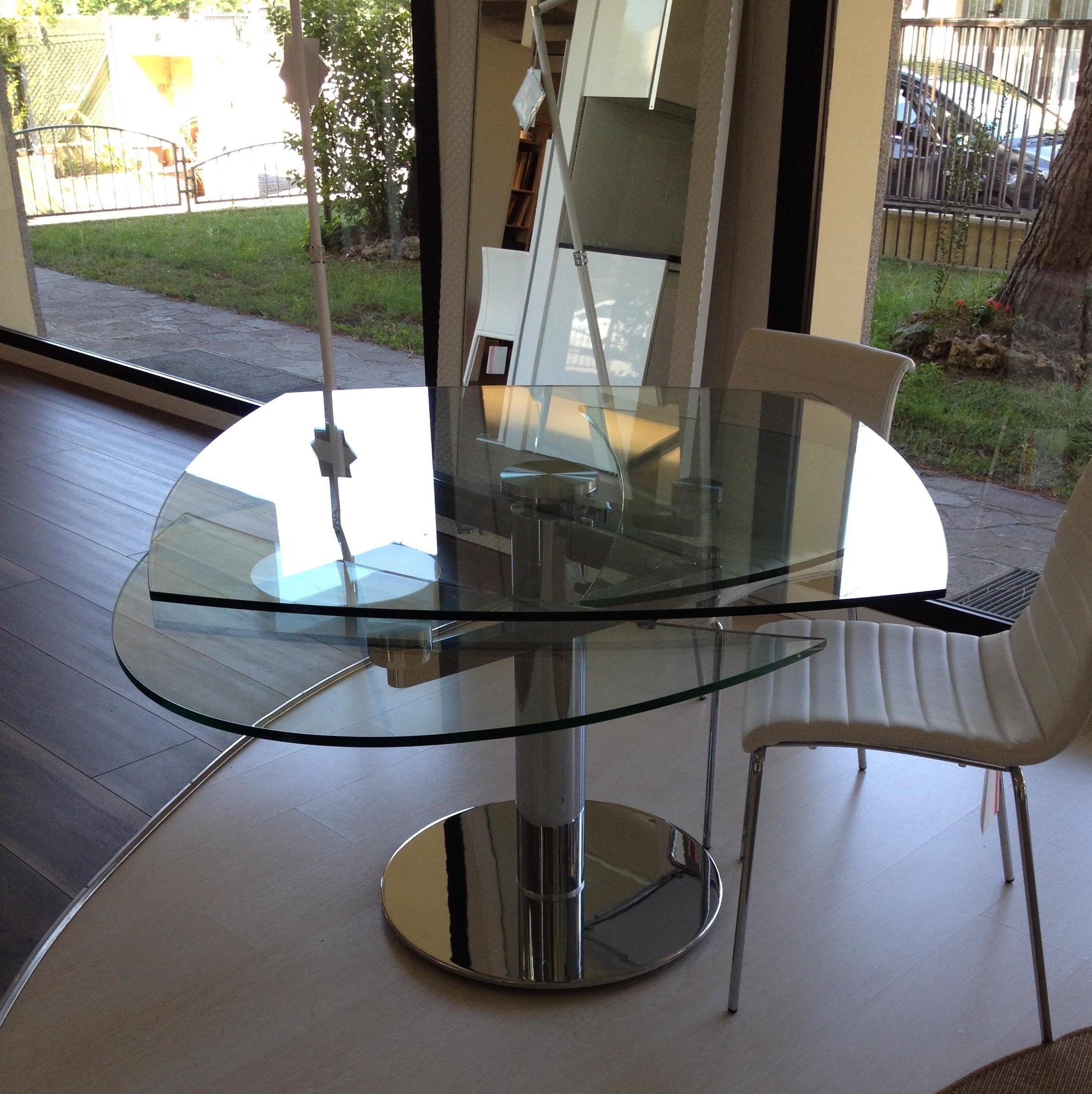 Offerta tavolo in metallo cromato e piano in cristallo - Tavoli quadrati in cristallo ...