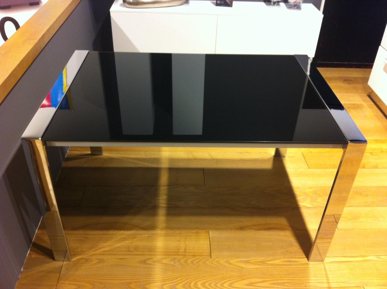Offerta tavolo in vetro nero tavoli a prezzi scontati for Tavolo nero allungabile