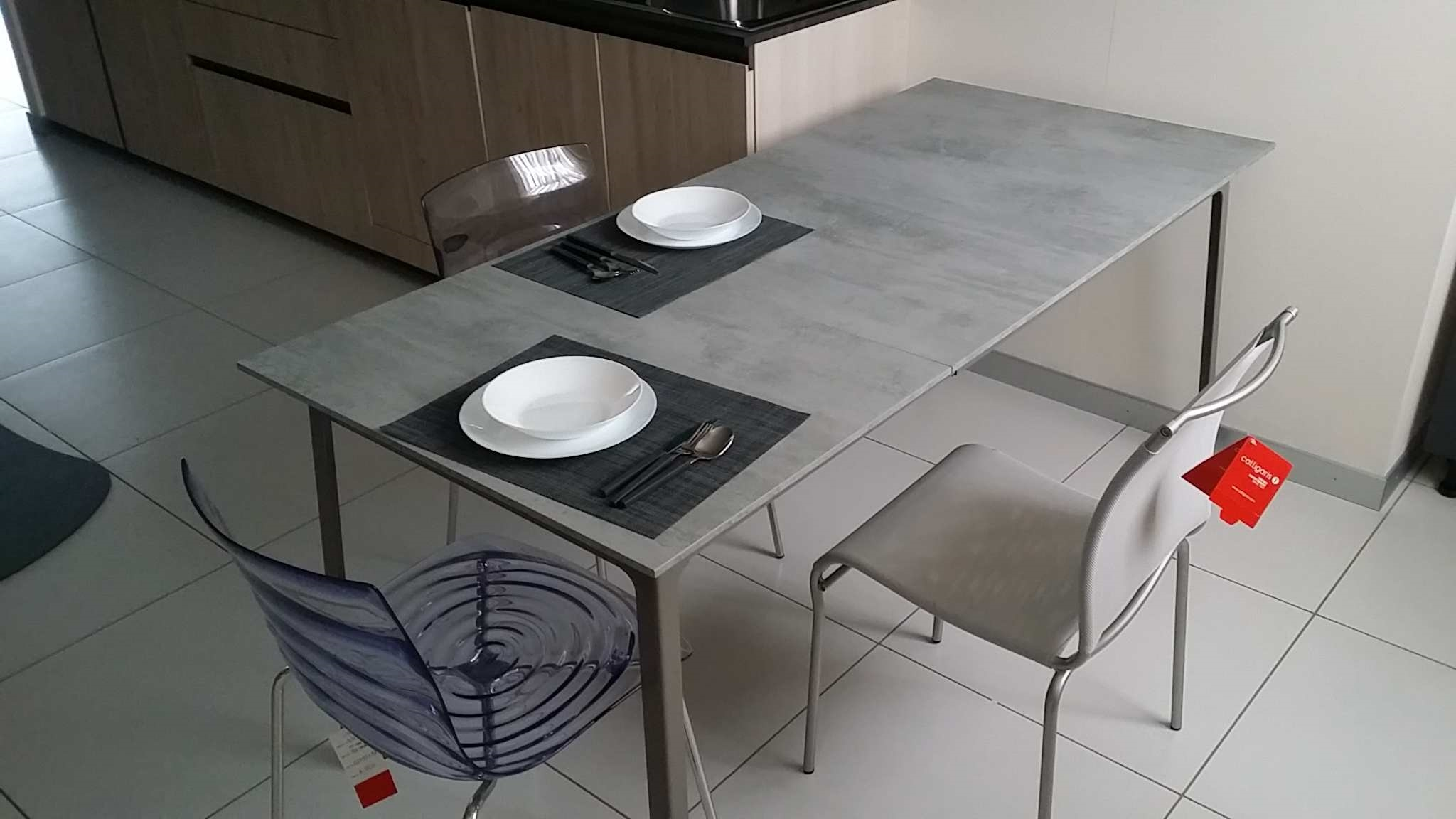 Calligaris tavoli allungabili outlet cool tavolino assist for Tavolo convoy calligaris