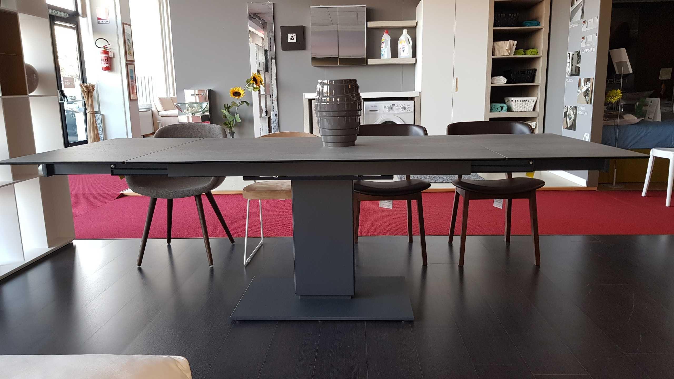 outlet tavolo calligaris echo in ceramica cemento tavoli