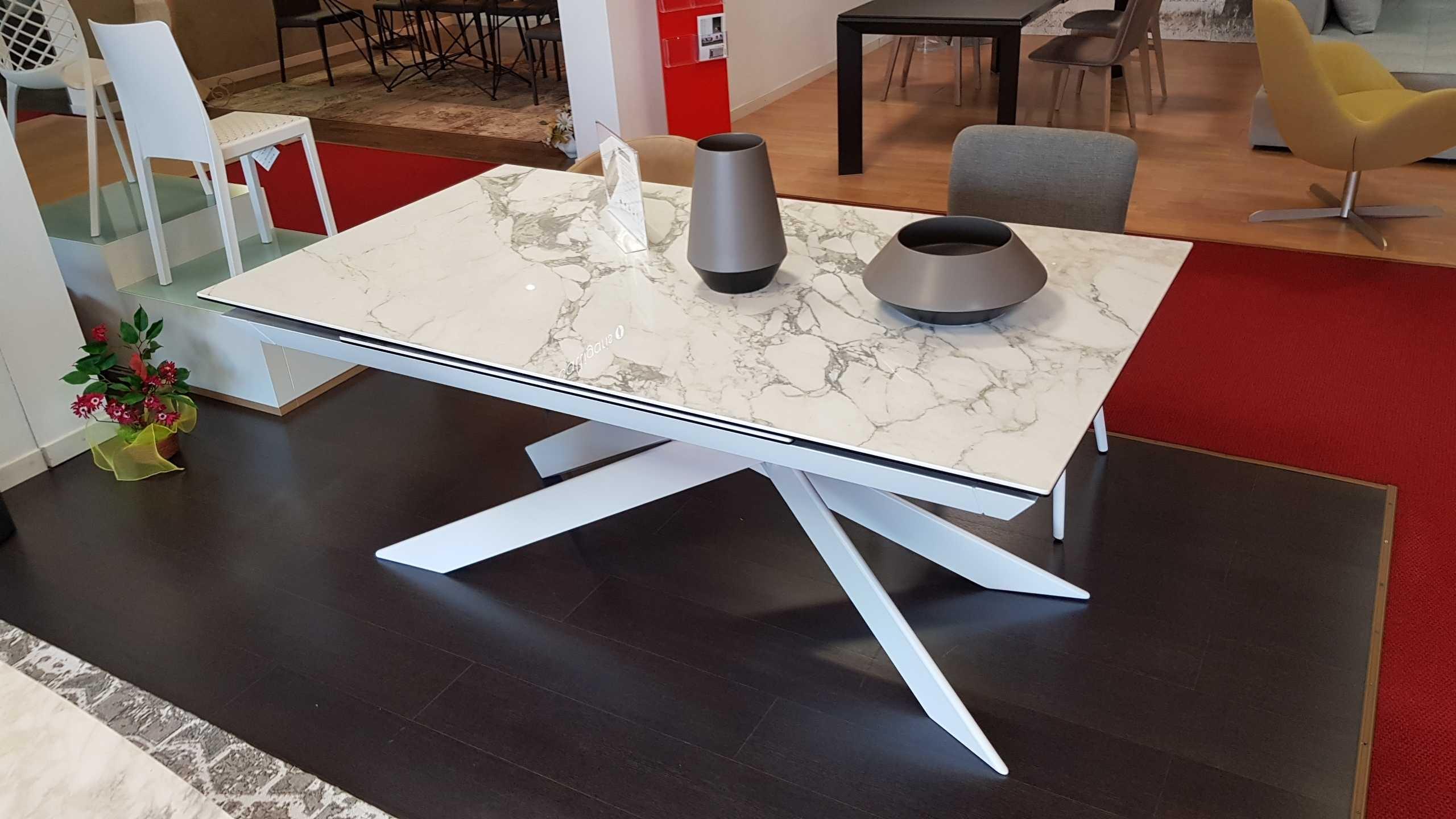 Outlet tavolo eclisse calligaris tavoli a prezzi scontati for Tavolo design outlet